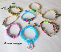 Braccialetti estivi con perle, cordini, ciondoli, by vetrina miriam chiocciola, 6,00 € su misshobby.com