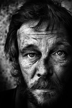 ..searching eyes... old man, powerful face, beard, wrinckles, beauty, intense, eyes, portrait, lines of life, photo b/w.