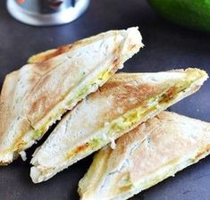 Toast with egg and avocado - Fit Easy At Home Workouts, Feta Dip, Polish Recipes, Polish Food, Ketogenic Diet, Sandwiches, Good Food, Lose Weight, Food And Drink