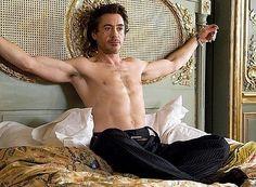 Robert Downey Jr. Yes please :p