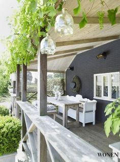 Playful veranda with romantic dining area. Noch mehr Ideen gibt es auf www…. Playful veranda with romantic dining area. There are even more ideas at www. Outdoor Seating Areas, Outdoor Rooms, Outdoor Gardens, Outdoor Living, Outdoor Furniture Sets, Outdoor Decor, Balcony Furniture, Outside Living, Diy Pergola