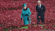 Queen visits Tower of London poppy garden -- I love the Queen, the Tower of London & poppies!!  Must-Visit!!