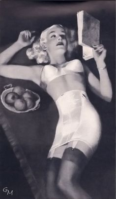 Formfit 1949, beautiful artwork, vintage girdle and bra I wish I could find a girdle like this for fun under pencil skirts rather than control tights.