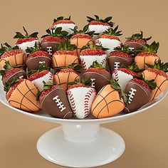 Send chocolate covered strawberries & other chocolate dipped fruit treats delivered from Shari's Berries. Over 175 million berries sold! Chocolate Dipped Strawberries, Chocolate Covered Strawberries, Chocolate Gifts, Homemade Chocolate, Sports Birthday, Sports Party, Basketball Birthday Parties, Basketball Gifts, 2nd Birthday