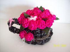 taza con flores  papel,crepe hecho a mano