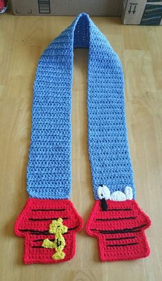 Snoopy and woodstock scarf