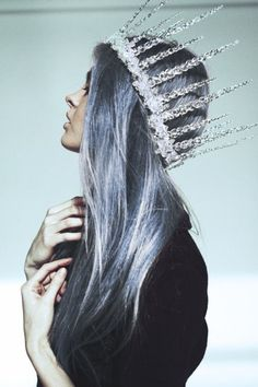 Ice queen {that crown!} Gab Solórzano Marie that's a good crown for you and I'll get mine with diamonds and jewels! Queen Crown, Grey Hair, Purple Hair, Pastel Hair, Pastel Goth, Pastel Blue, Silver Blue Hair, Blue Ombre, Silver Glitter