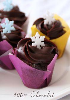 Mini cupcakes 100% chocolat (et un peu de noisette ! )