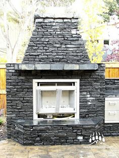 Thunderstone Quarries Black Rundle Natural Stone from Kodiak Mountain Stone. www.KodiakMountain.com Natural Stones, Mountain, Outdoor Decor, Nature, Black, Home Decor, Fire Places, Homemade Home Decor, Black People
