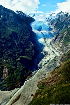 10 Reasons New Zealand Is Heaven On Earth For People Who Love The Great Outdoors Franz Joseph Glacier New Zealand Beach, Visit New Zealand, New Zealand South Island, New Zealand Travel, All Nature, Travel Images, Heaven On Earth, That Way, The Great Outdoors
