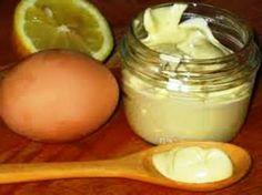 É muito fácil fazer uma deliciosa maionese caseira. Ela ficaleve,saborosa e muito mais saudávelque as maioneses industrializadas! Ingredientes 3...