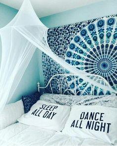 Наволочки на подушки : Спи весь день  Танцуй всю ночь