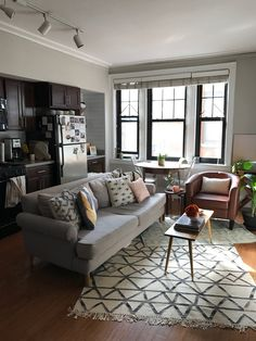 Lovely Furniture for Small Studio Apartments