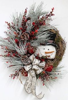 68 Amazing Holiday Wreaths for your Front Door - Happily Ever After, Etc. wreaths 68 Amazing Holiday Wreaths for your Front Door - Happily Ever After, Etc. Wreath Crafts, Diy Wreath, Christmas Projects, Holiday Crafts, Wreath Ideas, Diy Crafts, Christmas Design, Country Christmas, Christmas Snowman