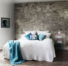 Minimalist bedroom #bedroom #bedroomstyle #minimalist #simplistic #homeideas #decorideas #homeupgrade #decor #forthehome #creativedecor #decorative #interiordesign
