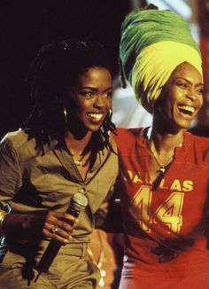 Lauryn Hill and Erykah Badu - Contemporary R'nB, New Soul ~ photo by © Kevin Mazur, Getty Images.