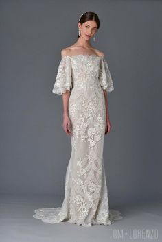 Marchesa-Spring-2017-Bridal-Collection-Fashion-Tom-Lorenzo-Site (2)