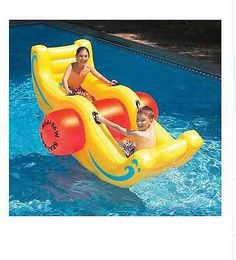 Fun pool inflatables - huge selection of giant pool floats, pizza floats and animal floats. Funny pool floats for kids and large, comfortable pool inflatables for adults. Swimming Pool Toys, Swimming Pool Designs, Cool Pool Floats, Inflatable Pool Toys, Swimming Pool Accessories, My Pool, Summer Pool, Cool Pools, Beach Toys
