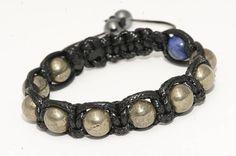 bijoux pour homme Pyrite/Sodalite Crane, Stone Beads, Bracelet Making, Solid Black, Beaded Bracelets, Gemstones, Jewelry, Male Jewelry, Man Bracelet