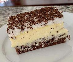 Czech Recipes, Ethnic Recipes, Sweet Desserts, Milkshake, No Bake Cake, Summer Recipes, Chocolate Cake, A Table, Ham