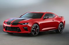 The name of this @Chevrolet Camaro SS with black accents is super complicated... http://oak.ctx.ly/r/3wkqs