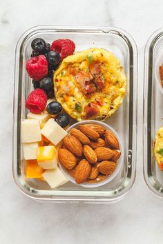 Easy Keto meal prep breakfast – Packed with protein and so convenient for busy mornings, this Keto Breakfast Recipe is the perfect make-ahead option for on the go. Breakfast Low Carb, Breakfast On The Go, Breakfast Recipes, Health Breakfast, Breakfast Ideas, Healthy Meal Prep, Healthy Foods To Eat, Healthy Snacks, Keto Meal