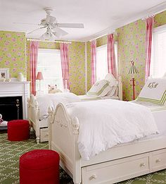 Looking for inspiration to decorate your daughter's room? Check out these creative and fun girls' bedroom ideas. Whether you want something trendy or classic, we have all the visual cues you'll need to get started on the space of her dreams.