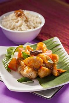 [AJI RECIPE] The sweet & sour flavour of this Honey Corn Chicken Rice will ease you into your buka puasa meal after a full day of fasting. Get full recipe here : http://www.ajinomoto.com.my/honey-corn-chicken-rice/