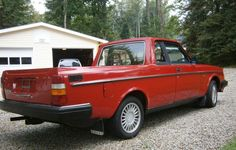El Volvo: Anything can be made a pickup truck, even a 1984 Volvo 240DL.