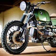 Green BMW Scrambler bike using TKC80 tyres by Continental