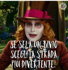 Verona, Jonny Deep, Alice And Wonderland Quotes, Tumblr Love, My Life Style, Disney Couples, Disney Films, Wise Quotes, Tim Burton