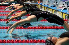 5 Tips for a Better Backstroke Start: Aggressively Throw the Head Back Swimming Memes, Swimming Tips, Swimming Diving, Olympic Swimming, Swimming Workouts, Cycling Tips, Cycling Workout, Road Cycling, Pilates