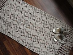 Rectangular crochet rug by lidiaanglada on Etsy, $149.00