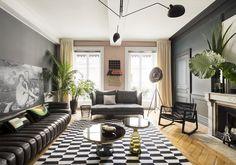 Jeux de lignes, de couleurs et de perspectives dans l'appartement lyonnais de la décoratrice Claude Cartier. Un lieu qui bouscule les codes et défriche les tendances dans l'esprit de sa galerie. En voici les coulisses....