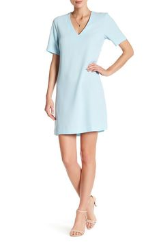 Image of Charles Henry Short Sleeve V-Neck Shift Dress