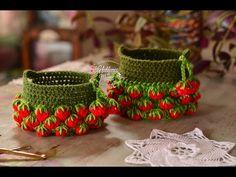 Canasto de frutillas en crochet Paso a paso. - YouTube Crochet Home, Crochet Dolls, Crochet Plant Hanger, Crochet Strawberry, Bobble Stitch, Unique Crochet, Crochet Videos, Tissue Box Covers, Crochet Earrings