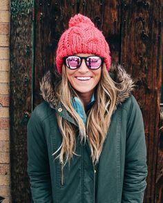 6b2d4bfadd DETAILS - Matte Black w  Gold Arm - Polarized Pink Mirror Lenses - Maximum  Comfortability. Blenders Eyewear
