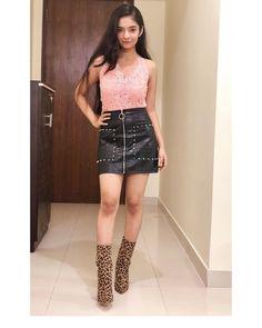 Stylish Girls Photos, Stylish Girl Pic, Beautiful Bollywood Actress, Most Beautiful Indian Actress, Girl Fashion, Fashion Outfits, Womens Fashion, Teen Celebrities, Celebs