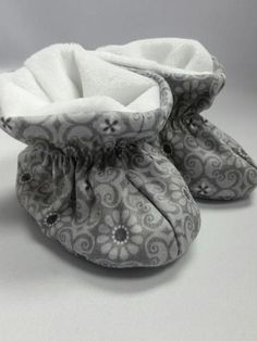 Booties Grey Medallion Baby Shoes, Booty, Grey, Kids, Clothes, Design, Fashion, Moda, Swag