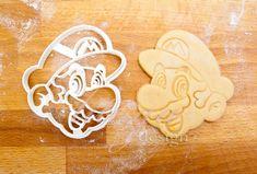 Super Mario cookie cutter fondant cutter marzipan cutter by lituga