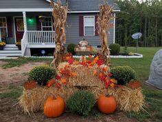 Outside Fall Decorations, Fall Yard Decor, Thanksgiving Decorations, Holiday Decor, Fall Diy, Kirchen, Fall Crafts, Happy Fall, Pumpkin