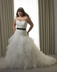 Bonny Unforgettable wedding  dress Style 1223 - and FYI, Bonny Bridal loves plus size girls too!