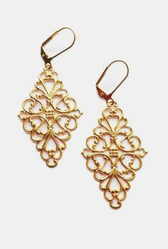 Love these and I generally don't go For gold....Diamond Filigree Earrings