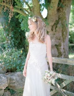 Natural country bride with flower crown – photography http://www.taylorandporter.co.uk/