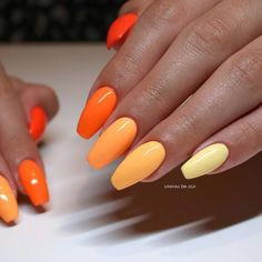 "If you've ever spent a solid 10 minutes staring at the wall of polish at the salon and still been unable to settle on a single color, the ""paint Colourful Acrylic Nails, Simple Acrylic Nails, Summer Acrylic Nails, Best Acrylic Nails, Acrylic Nails Orange, Pointy Nails, Gradient Nails, Gel Nails, Galaxy Nails"