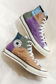 Converse Chuck 70 Patchwork Print High Top Sneaker High Top Sneakers, Sneakers Mode, Sneakers Fashion, Fashion Shoes, Cool Converse High Tops, High Top Vans, High Top Jordans, Converse Classic, Leather Fashion