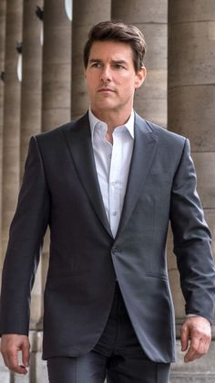 Hot Hollywood Actors, Tom Cruise Hot, Men Sunglasses Fashion, Blue Suit Men, Most Handsome Actors, Portrait Photography Men, Cute Actors, Katie Holmes, Nicole Kidman