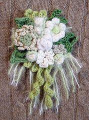 Crochet Corsage White Dream