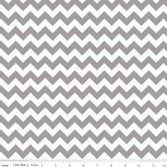 Riley Blake Designs - Chevron - Small Chevron in Gray