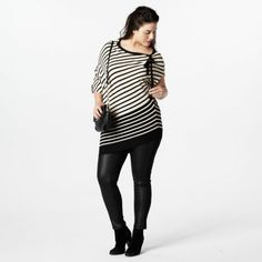 Geweldig asymmetrisch plus size shirt van Wehkamp - Mat Fashion Grote maten - Damesmode